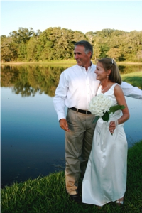 A beautiful wedding at the Rancho De la Roca lake